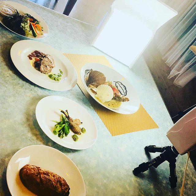 6月コースの写真撮影#佐野市#洋食屋#体に優しいレストラン#コースご予約承ります#イベリコ豚のポルケッタ#アクアパッツァ